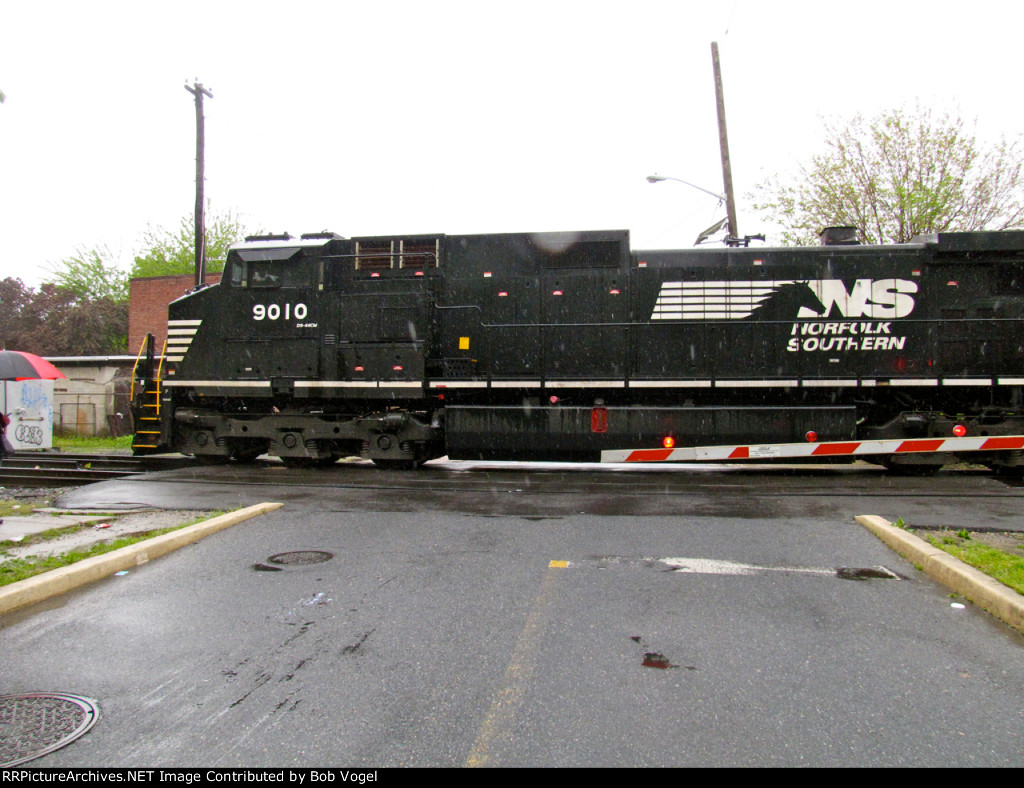 NS 9010