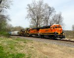 BNSF 2564 and 524