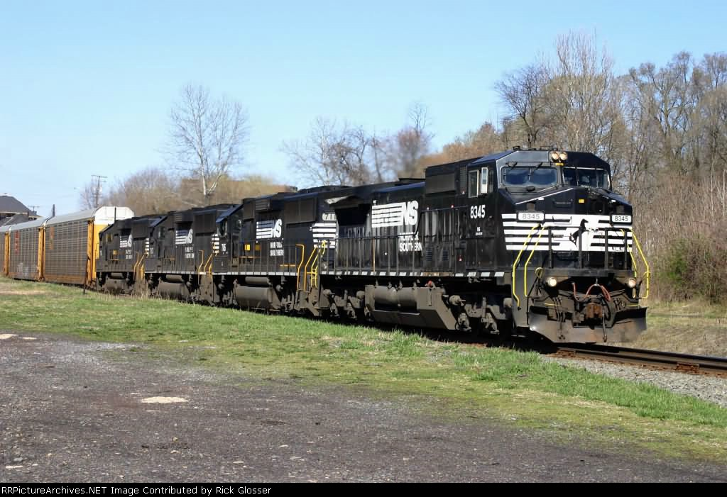 Ex-Conrail On Head End of EB 212 @ 1021 hrs.