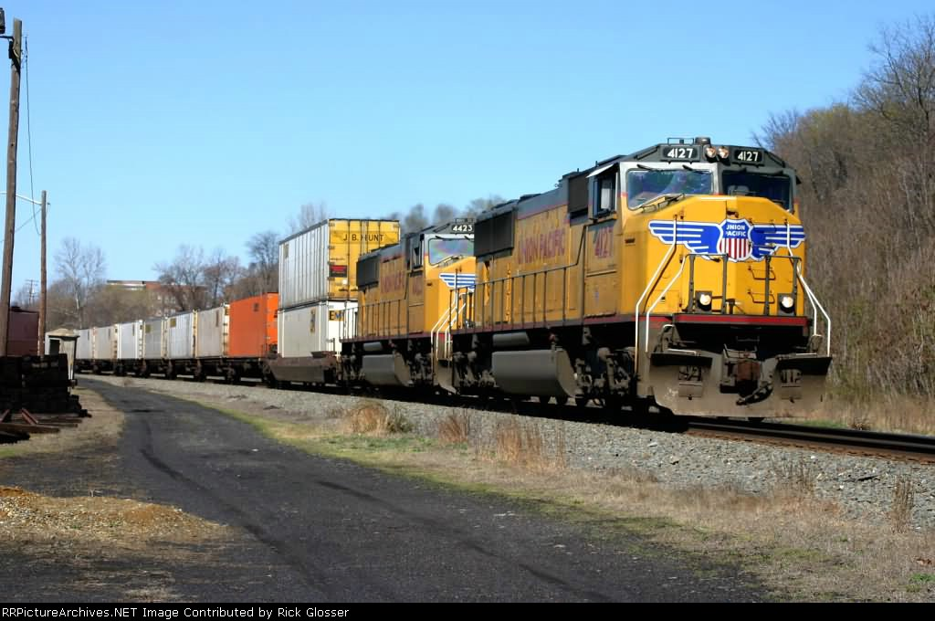 Union Pacific Power On EB NS 214 @1042 hrs.
