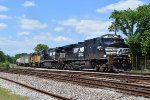 NS Dash 9s/UP GP60 leads manifest south