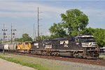NS 6910 On NS 143 Eastbound