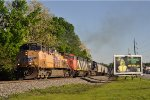 UP 5784 On NS 26 R Eastbound