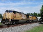 UP 6436 and UP 6711(GE AC4400CW) Leads MSPFW at the Hufsmith Siding