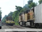 UP 6436 and UP 6711(GE AC4400CW) Leads MSPFW past MOW Equipment at Hufsmith Siding