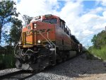 BNSF 6869 (GE ES44C4) leads the BNSF H-TEAAMY1-24A