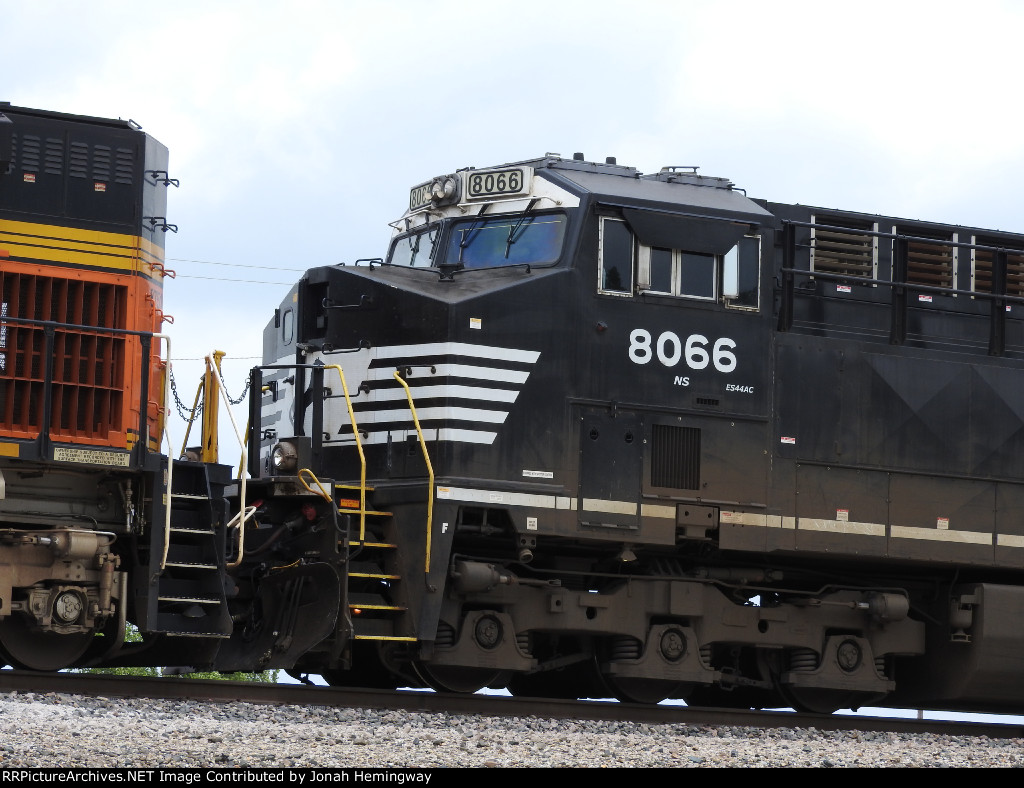NS 8066 Sitting On The Rear Of A Scherer Coal Train