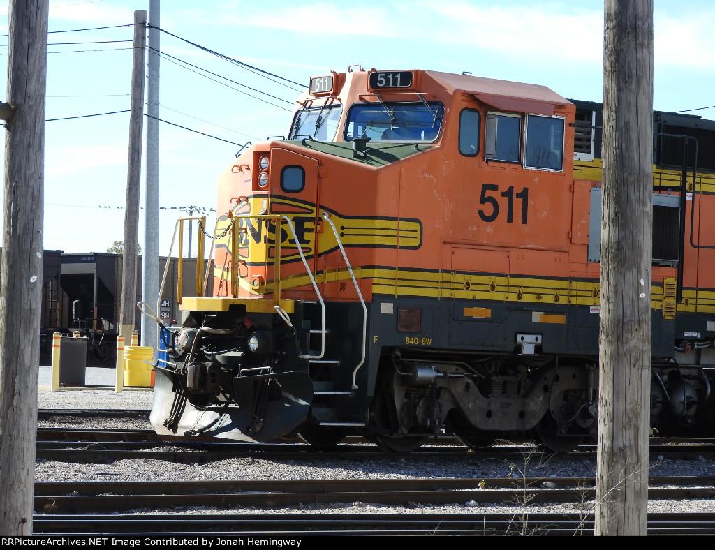 BNSF B40-8W No. 511 Close Up