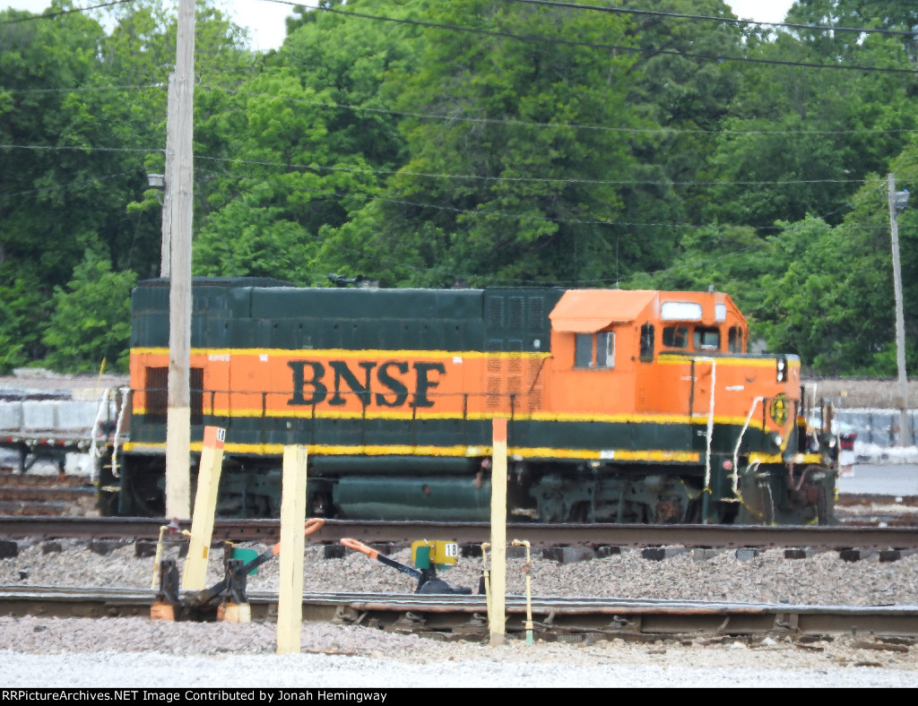 BNSF GP15 With No Numbers In Springfield MO