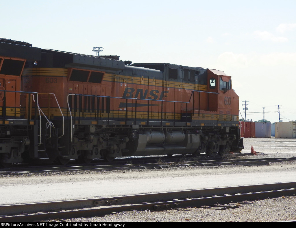 BNSF 603