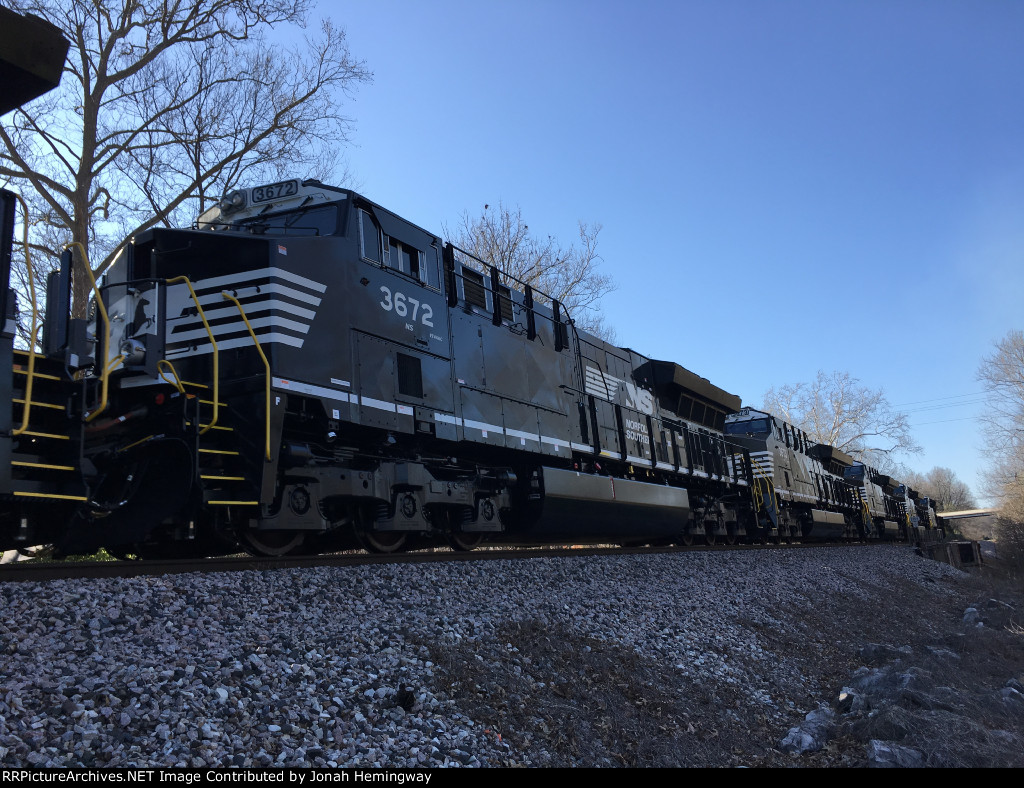 NS 3672 Trailing On An NS Tier IV Delivery Train