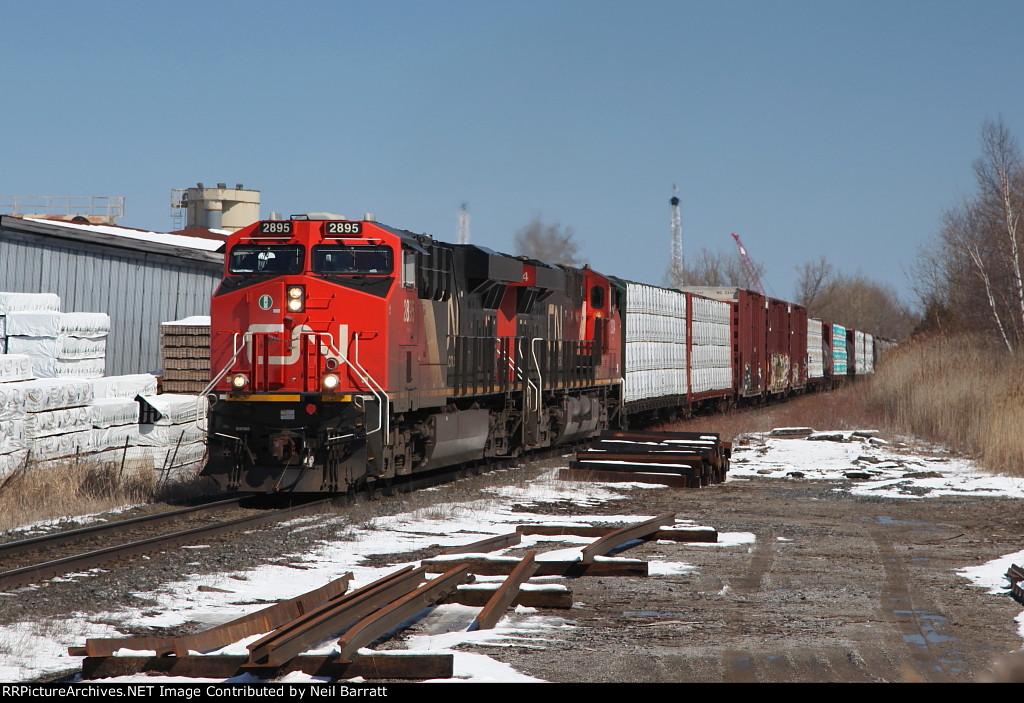 CN 2895