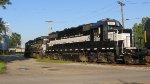 FGLK 2309 & NEW GP38-2 #2001