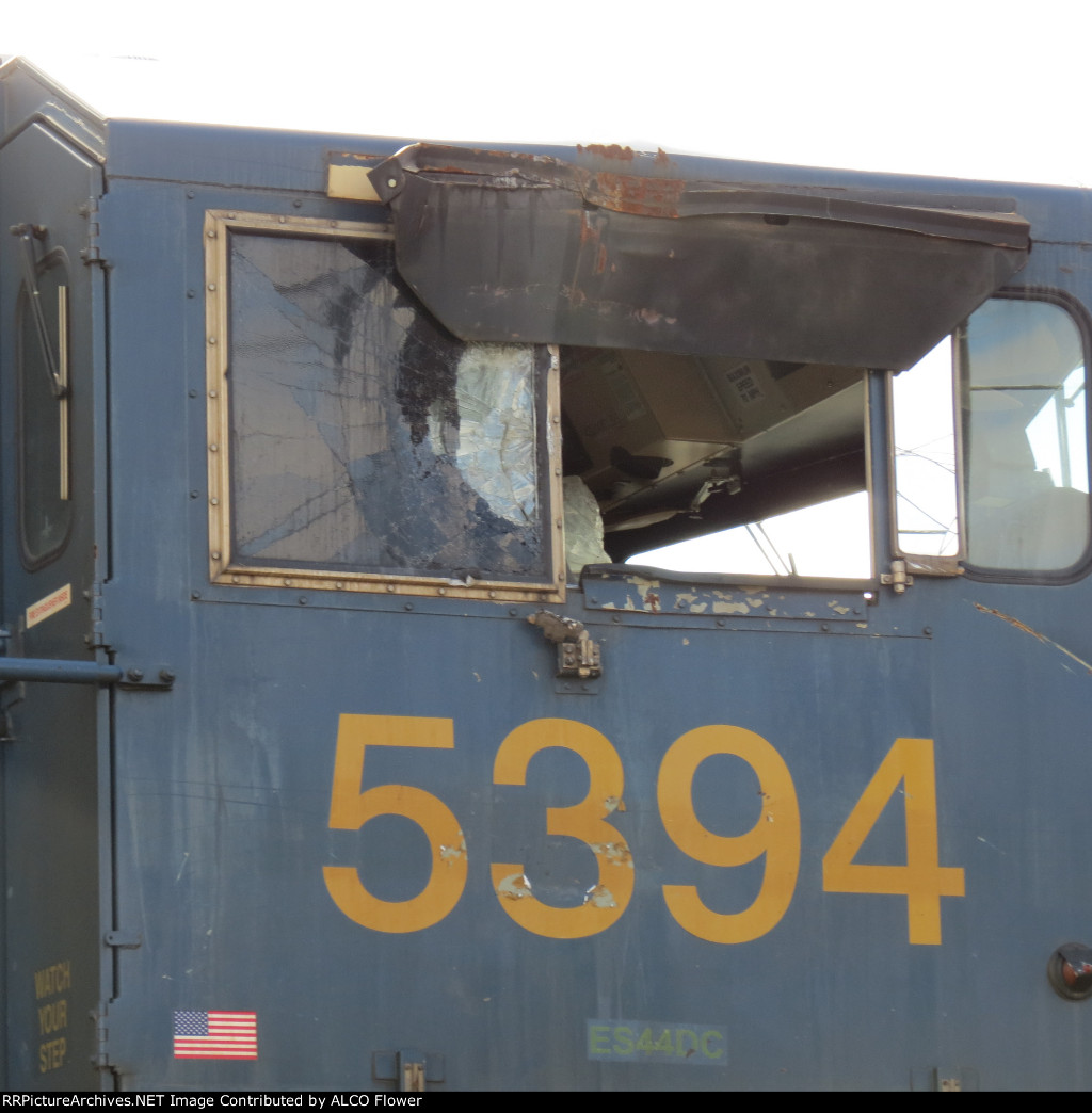 Damged CSX engine