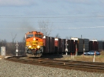 BNSF 4789 NS 38E makes the last curve before Toledo 60+ miles to the east