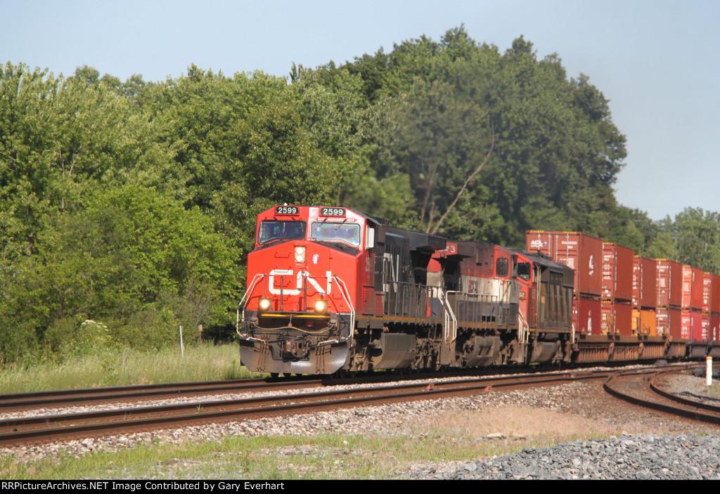 CN 2599, BCOL 4643 & CN 5562