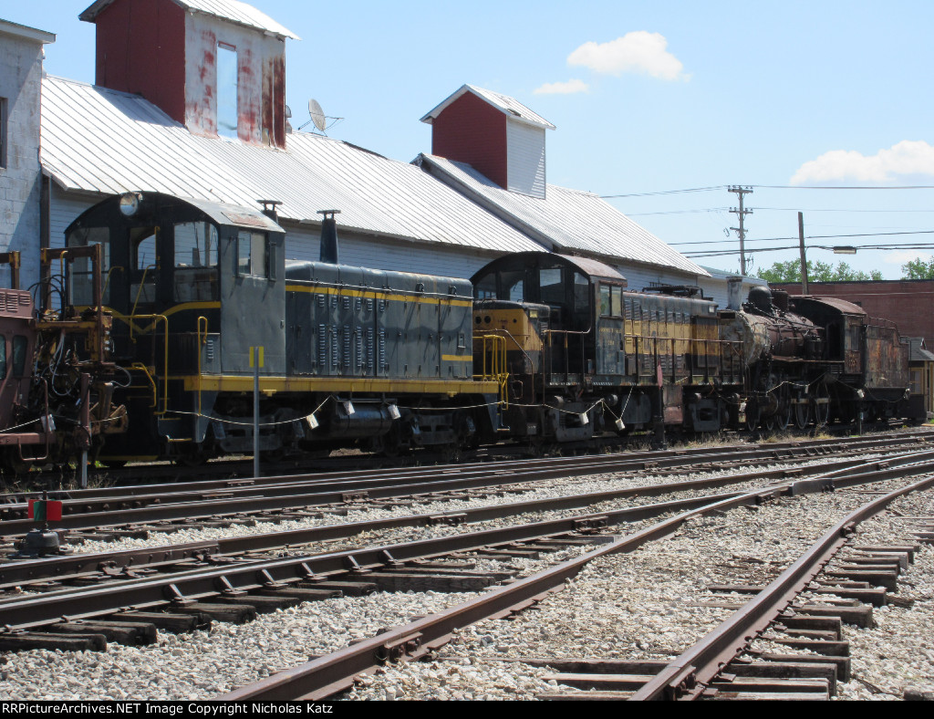 CMRY locomotive lineup