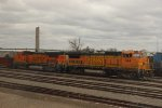 BNSF B40-8Ws in Burlington, IA