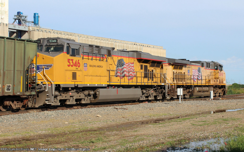 UP 5898 and 5346