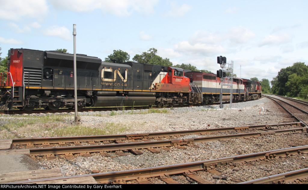 CN 2293, BCOL 4624 & CN 8867