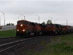 BNSF ES44AC 6425 & BNSF C44-9W 4159