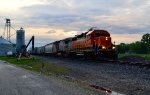 BNSF 1520 and 512