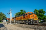 BNSF 3945 DPU on eastbound BNSF intermodal train