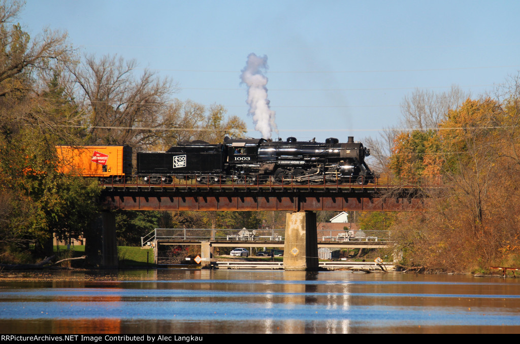 Soo 1003 Crossing The Rock River