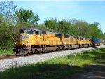 4 Union Pacific EMD's lead this intermodal west
