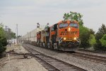 BNSF 6883 leads the way west as 65mph