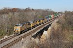 UP 7372 leads the ZG4CI west over the Vermilion River