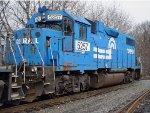 ex-conrail gp38-2 8067 ex-PC 8067
