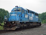 ex-conrail sd40-2 6419 the last engine to get painted