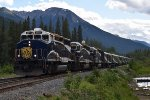 Rocky Mountaineer arrives at Banff
