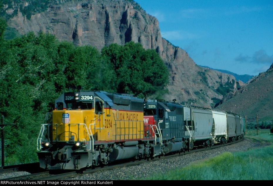 Union Pacific 3294