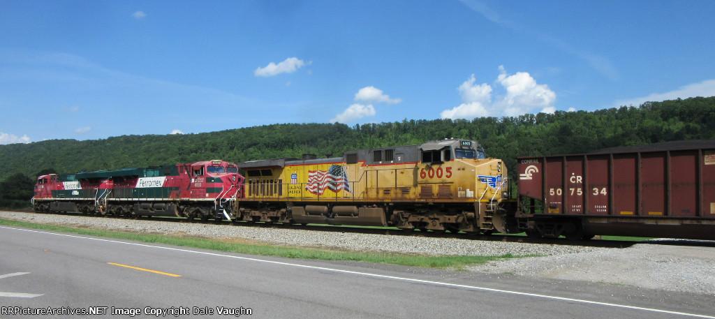 FXE 4694 & FXE 4693 & UP 6005