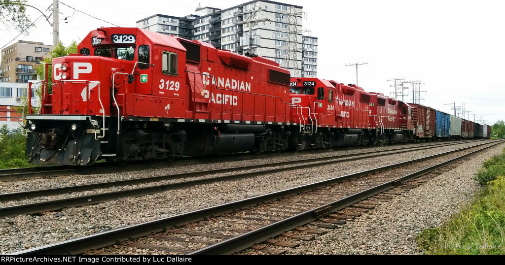 CP 3129 and two other GP38-2