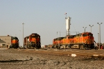 BNSF 6772 and BNSF 4143