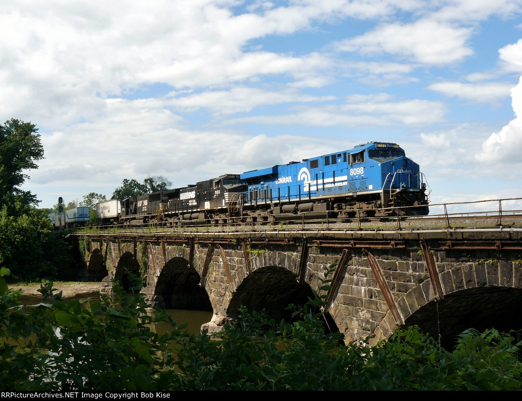The Conrail Heritage Unit crossing Sherman's Creek with the 22W