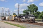 NS 9784 W / F On NS 273 Eastbound
