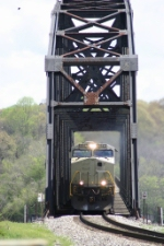 NS 710 comes across the TN River