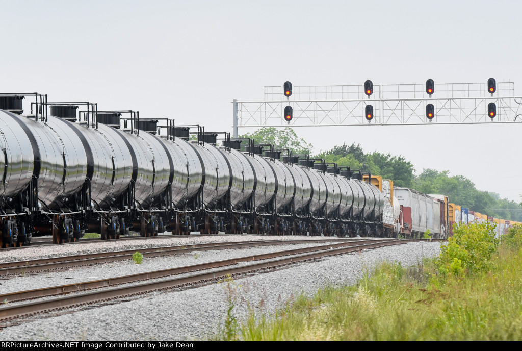 CRGX 29866 and nearly 30 others on their way to to Cargill