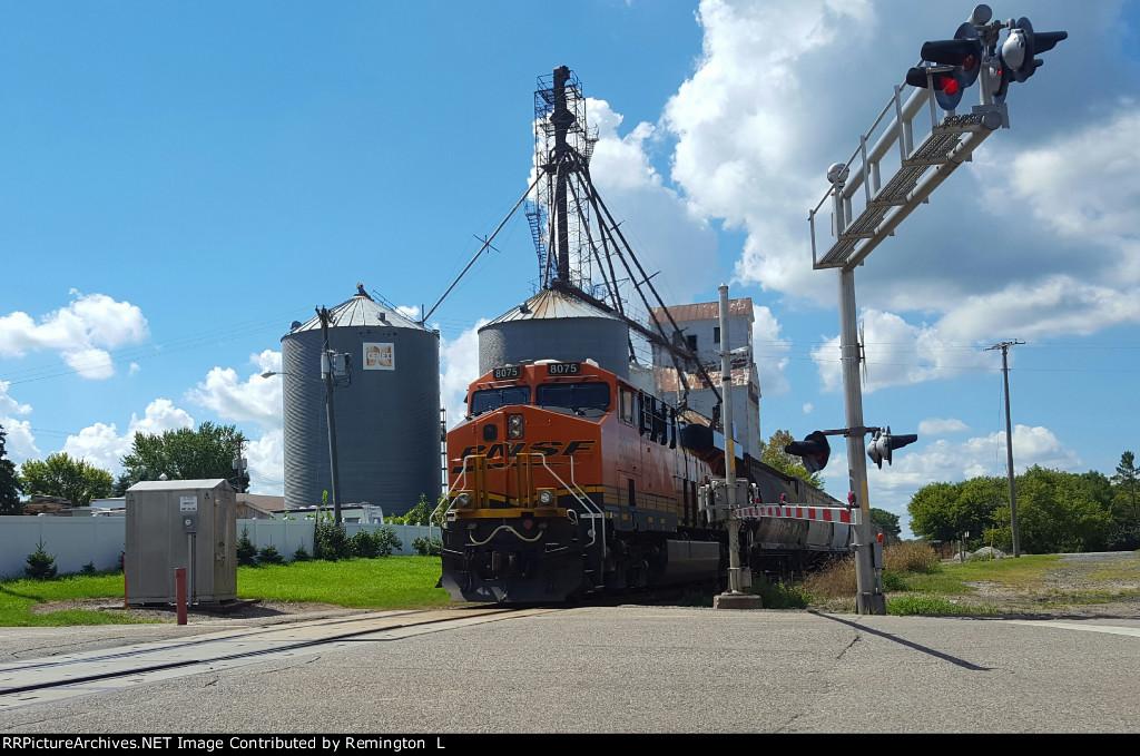 BNSF 8075 DPU