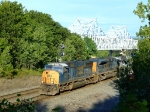 CSX 4734 leads an ACe and two Geeps on Q425