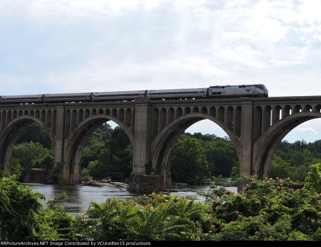 Amtrak 90 Palmetto over James River Bridge Richmond VA
