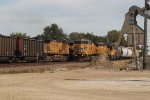 UP 6807 & others (2)