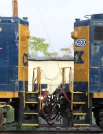 CSX 2500 powers slug 2347