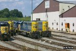 CSX 4618 & 6152 sit with other locos