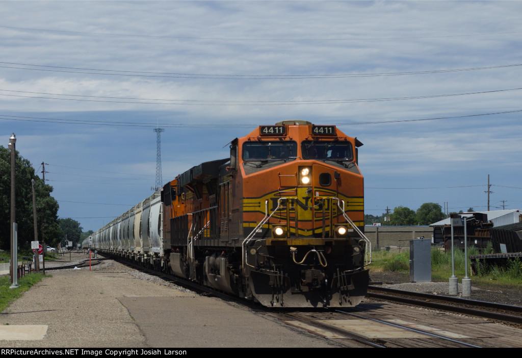 BNSF 4411 East