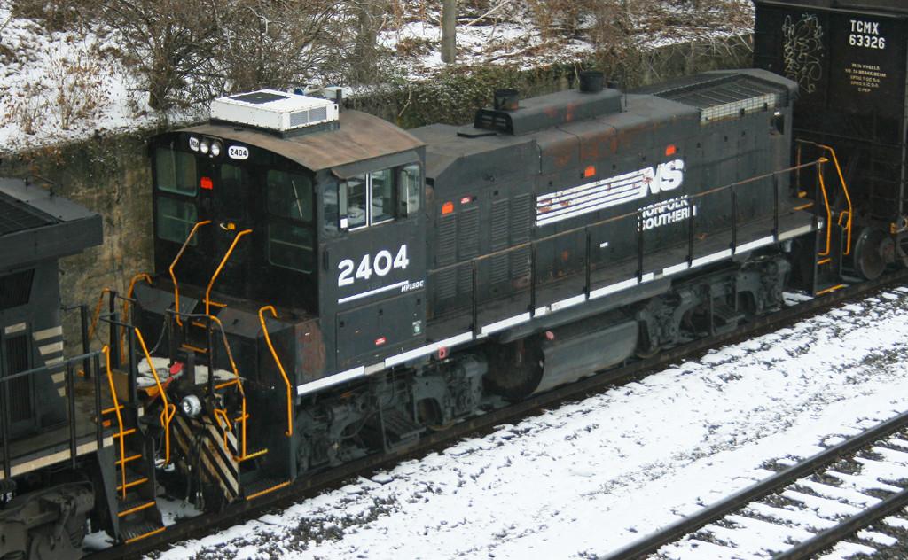 NS 2404
